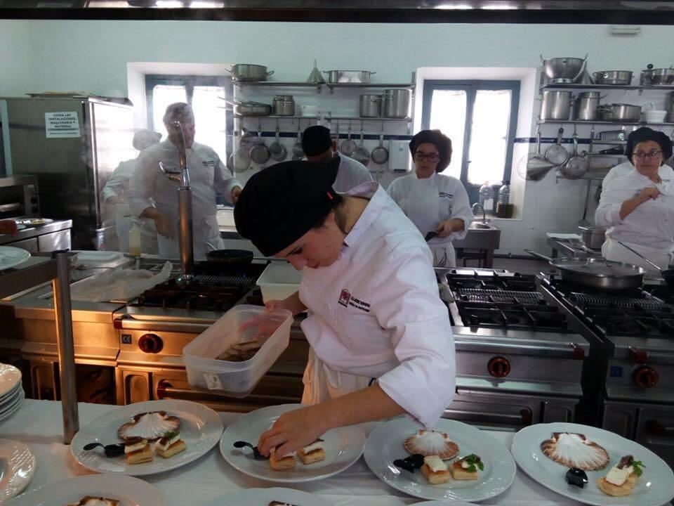 Los ciclos de cocina reciben con entusiasmo la fp dual - Fp de cocina ...
